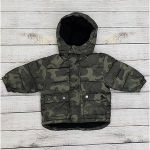 Baby Gap Camouflage Puffer Puffer Coat 12/18 Mths